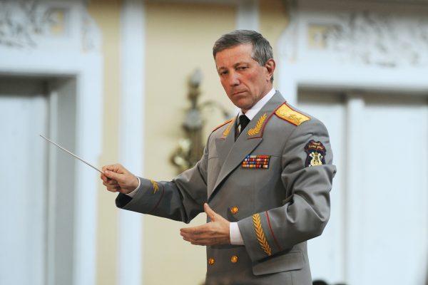 На борту разбившегося ТУ-154 находился главный военный дирижер России Валерий Халилов