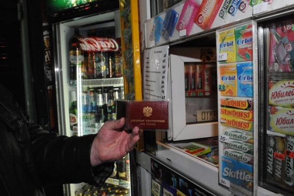 Россияне одобряют повышение возрастного ценза для продажи алкоголя