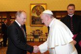 Президент РФ поздравил папу Франциска с 80-летним юбилеем