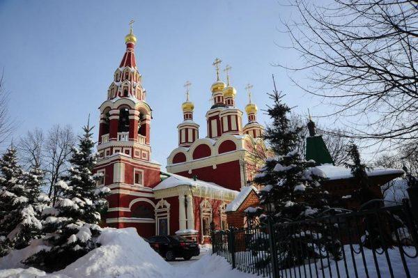 Храм Архангела Михаила в Тропарево. Фото: serafim.com.ru