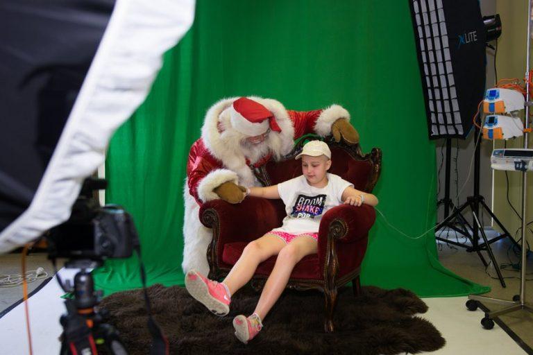 sick-children-christmas-wish-project-karen-alsop-12