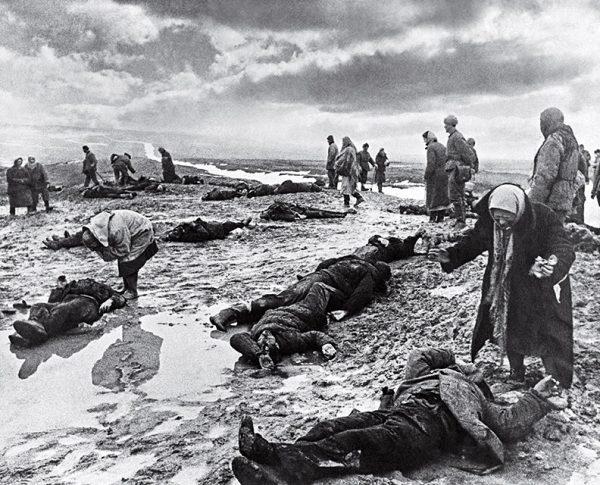 Дмитрий Бальтерманц. Горе. 1942.