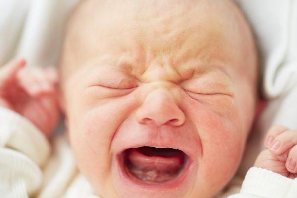 Младенца, который неумел рыдать, вылечили мед. персонал вПерми