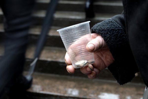 Каждый третий житель россии может быть признан бедняком