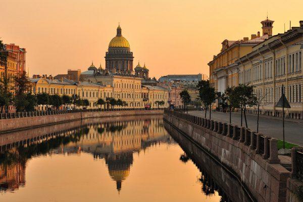 Союз музеев расценивает передачу Исаакиевского храма РПЦ как ликвидацию музея