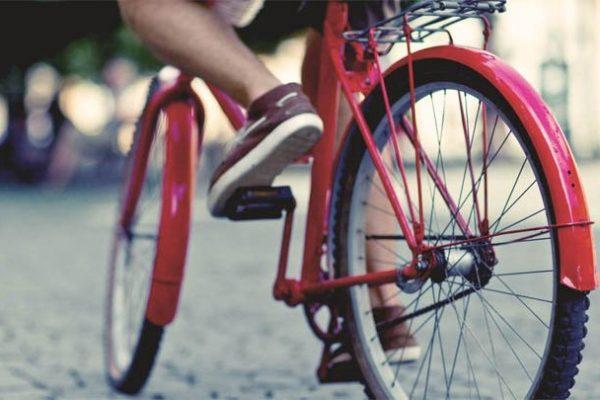 В Кемеровской области школьник на велосипеде догнал вора и помог задержать его