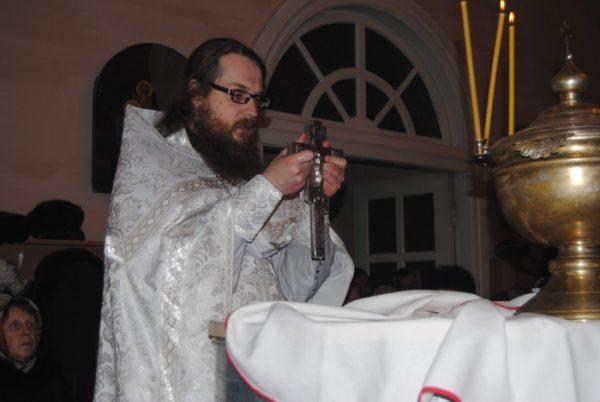 Красноярская епархия изучит письмо отстраненного священника с жалобами на поборы