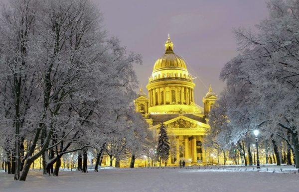 Петербуржские власти несогласовали митинг против передачи Исаакиевского храма РПЦ