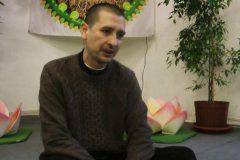 Суд в Петербурге оправдал преподавателя йоги по делу о религиозной пропаганде