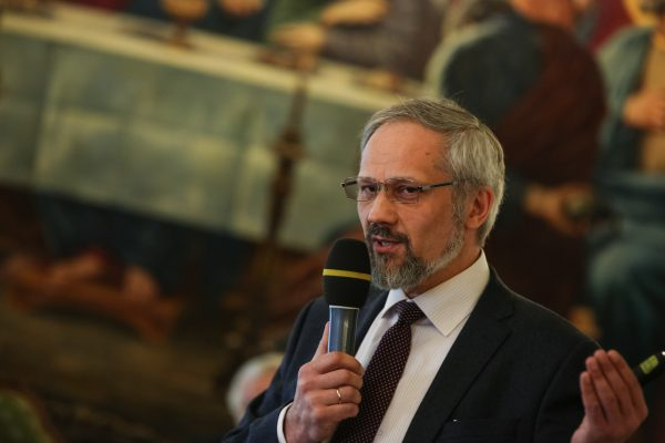 Профессор Василий Каледа