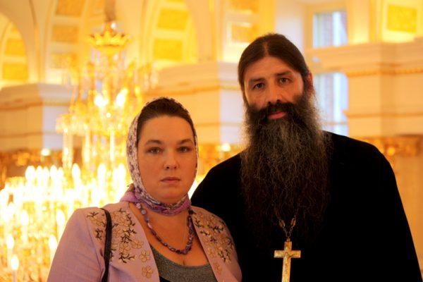 Отец Максим с женой. Фото: pravoslavie.ru