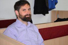 В Германии артиста оштрафовали за отжимания на алтаре