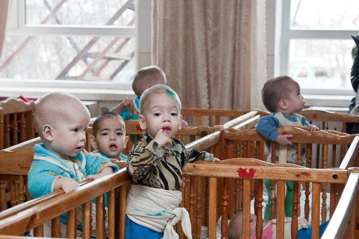 Что надо чтобы сдать ребенка в детский дом Тут