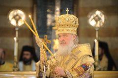 Патриарх Кирилл посоветовал не «вправлять» детям мозги силой