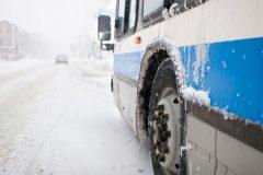 Россияне осуждают высадку детей из общественного транспорта на мороз