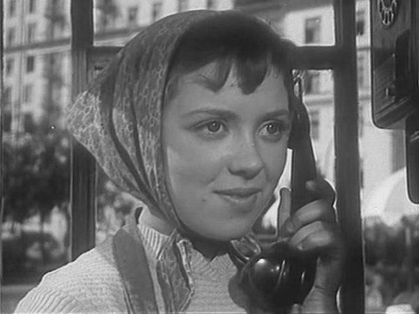 Исполнительница роли «девушки без адреса» Светлана Карпинская умерла в Петербурге