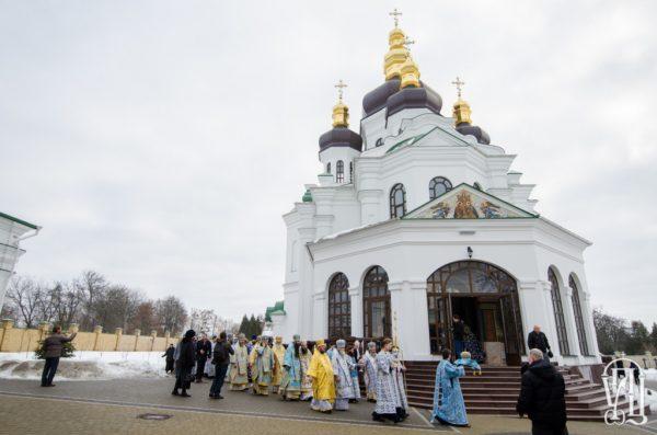 Блаженнейший митрополит Онуфрий освятил храм в скиту Киево-Печерской лавры