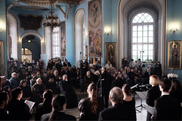 Концерт памяти артиста Алексея Петренко прошел в рамках фестиваля «Вселенная Русского Хора»