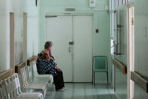 ВПодмосковье 83-летняя пациентка замерзла насмерть натерритории клиники