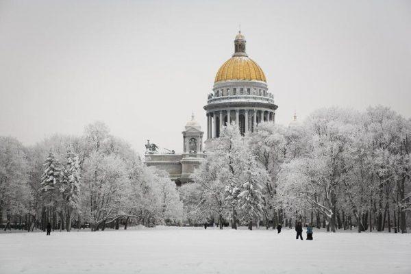В Петербургской епархии считают, что в экскурсиях по Исаакиевскому собору мало церковной составляющей