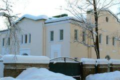 Власти Петербурга отказали Церкви в передаче двух зданий