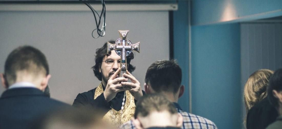 «Курс православной культуры в школах нацелили на смирение с бедностью?»