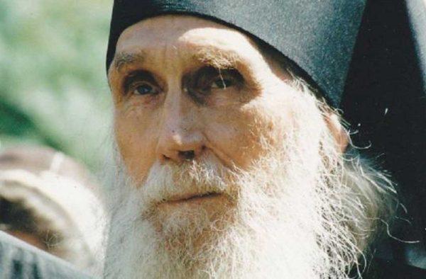 """Старец любит Христа"" – рассказы монахини Евфимии"