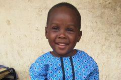 Мальчик-«колдун» идет в школу