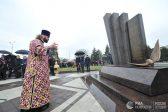 Мемориал в виде упавшей птицы открыт в годовщину авиакатастрофы в Ростове-на-Дону