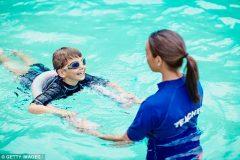 Умение плавать может сохранить жизнь тысячам детей с аутизмом