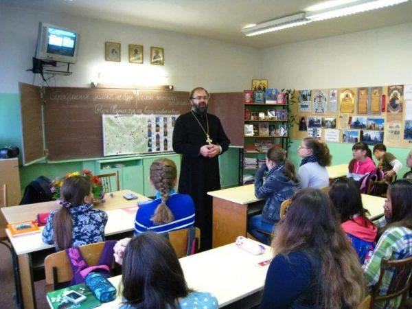 Курс «основы православной культуры» в Крыму выбирают в два раза реже, чем в среднем по России