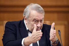 РАН направила в правительство просьбу Фортова не продлевать его полномочия
