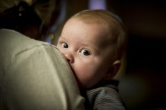 День изъятия. Как бережно забрать ребенка от проблемных родителей
