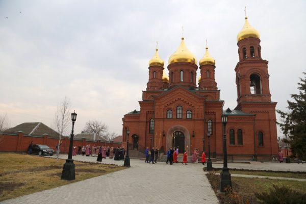 Новый православный храм освятили в Чечне