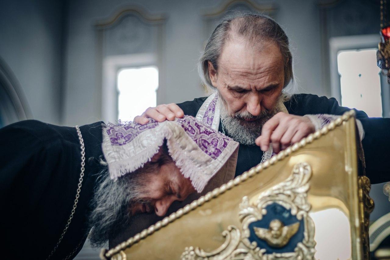 Притча на одной улице жил священник и проститутка проститутка из гостиницы ривер в новосибирск по имени ольга станиславна