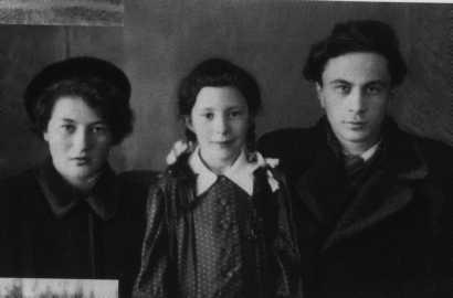 Мария, Варвара, Николай — дети С. И. Фуделя