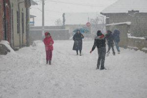 Зимние забавы в Косово