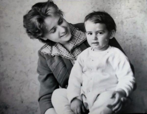 С мамой Дианой Георгиевной