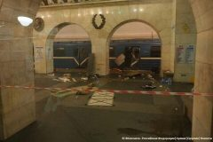 В Петербурге закрыли все станции метро