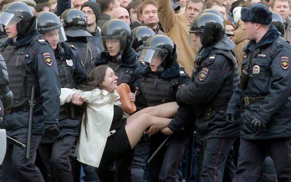 488 человек привлечены к ответственности за участие в акции протеста в Москве