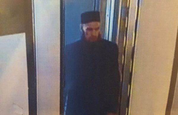 Фото человека, которого уголовный розыск ищет всвязи совзрывом