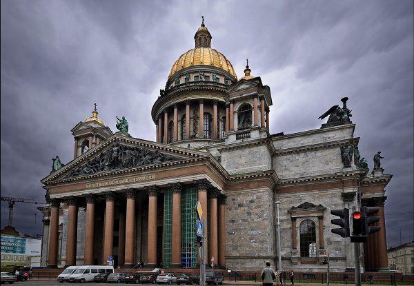 Решение по Исаакиевскому собору будет принято с учетом мнения петербуржцев