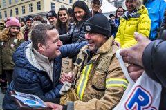 Пожарный с онкологией продал любимый мотоцикл, чтобы помочь коллегам