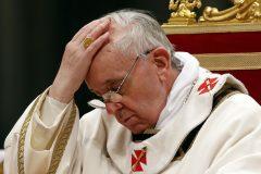 Папа Римский будет молиться о жертвах теракта в Петербурге