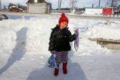 Девочку из сибирской тайги вернули родителями