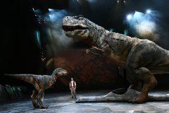И тут он спросил, почему в Библии ничего нет о динозаврах