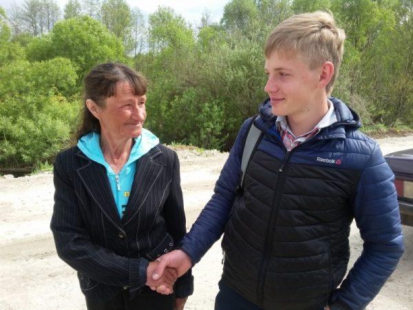 Девятиклассник из Курской области спас соседку из пруда