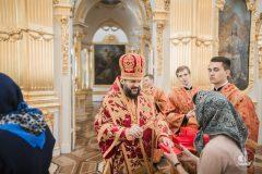 Архиерей впервые за сто лет совершил литургию в Эрмитаже