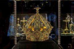 Корона Девы Марии стоимостью 1 млн евро похищена из музея в Лионе