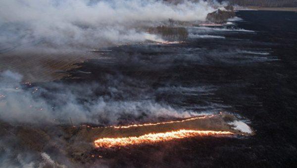 Более 100 домов сгорели в Красноярском крае, погибла женщина